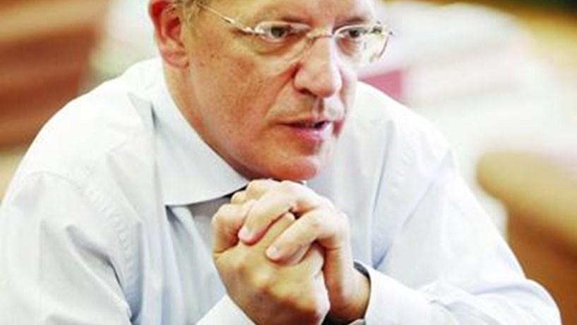 """Indústria de cutelaria sente-se """"desconsiderada"""" por Estado comprar faqueiro alemão"""