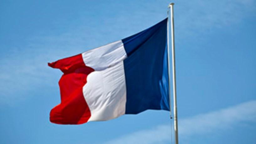 França: Participação nas eleições atingiu os 70,59 % às 17h00
