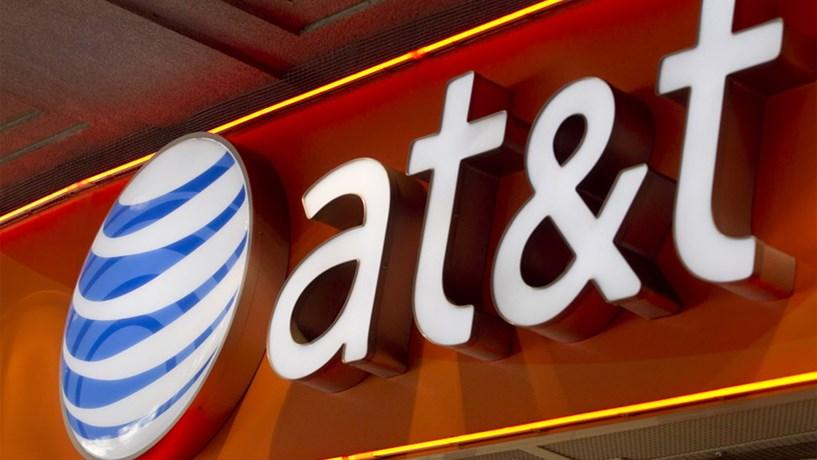 AT&T e Time Warner exploram possível fusão