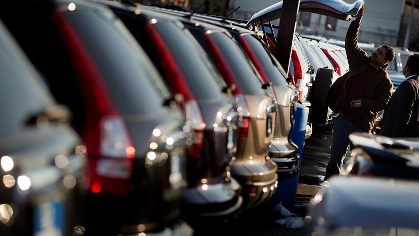 Gás natural é ineficaz para reduzir emissões dos carros