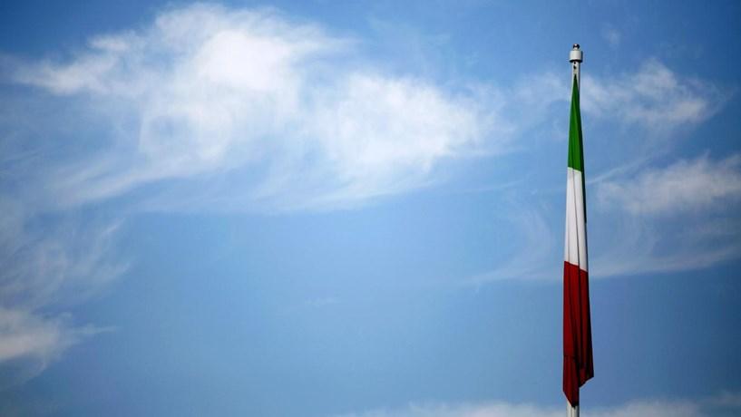 Bruxelas dá mais tempo de vida aos congéneres italianos do Novo Banco