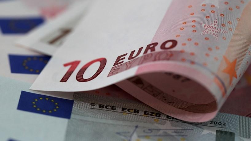 BCE leva euro a subir e a descer mais de 1%