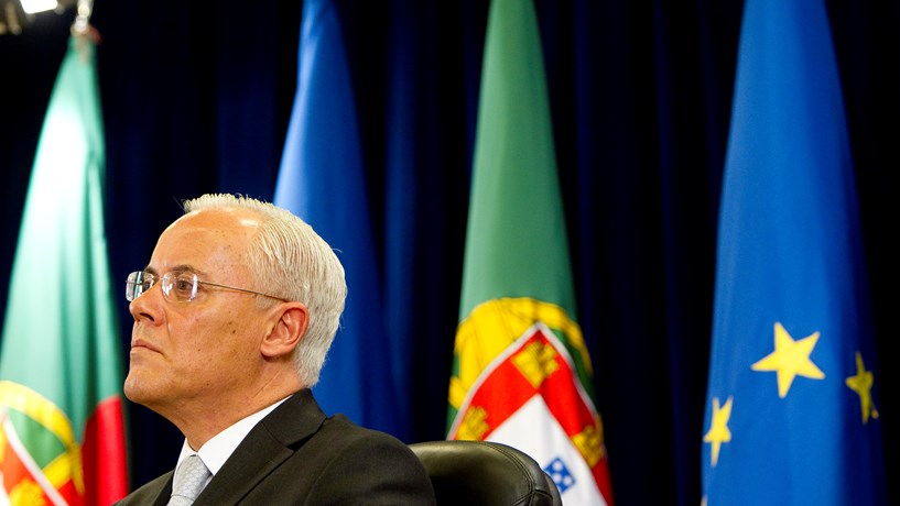 FMI aponta baterias a forças militares e polícias portugueses