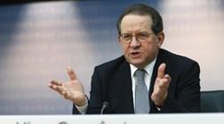 Constâncio aumentado em 22 mil euros enquanto vice-presidente do BCE