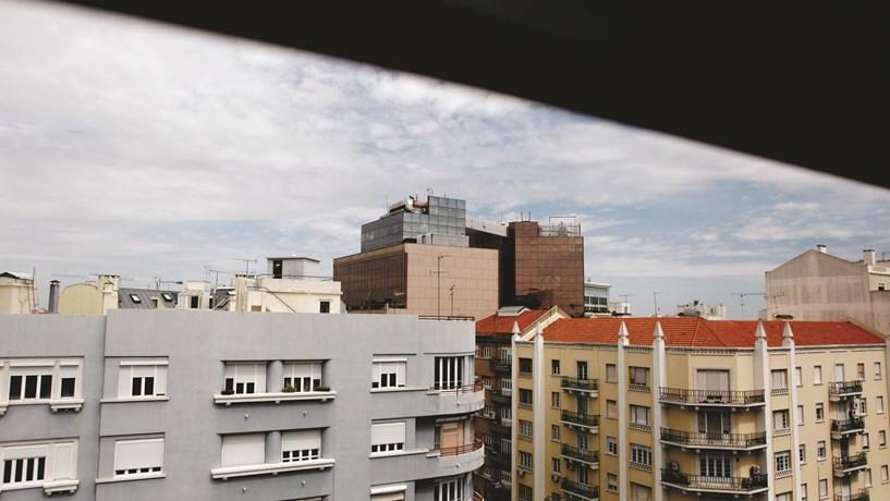 O alojamento local é comércio ou habitação?