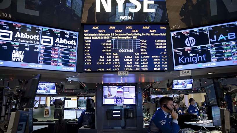 Dow Jones em máximos históricos com dados positivos do emprego nos Estados Unidos