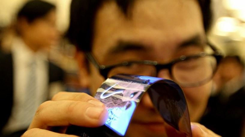 Ecrã flexível da Samsung com tecnologia Youn.