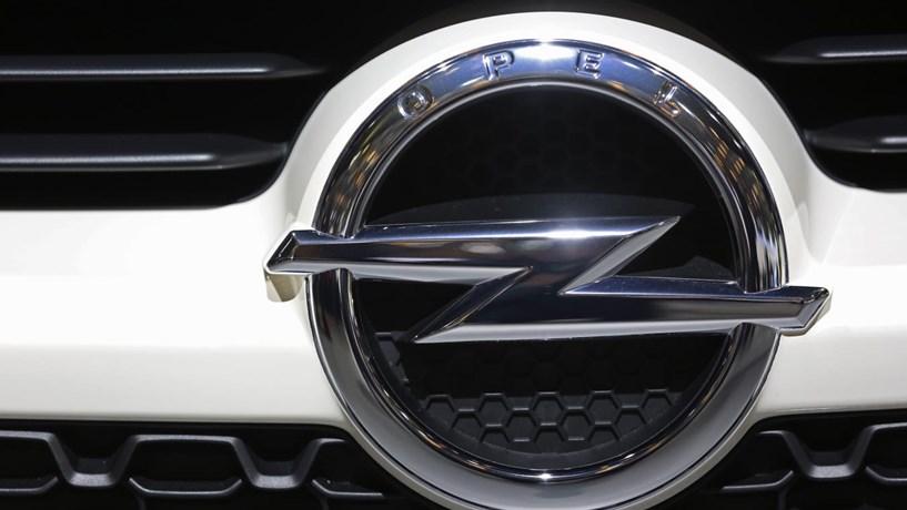 Azambuja processa Estado e pede um milhão por fecho da fábrica da Opel