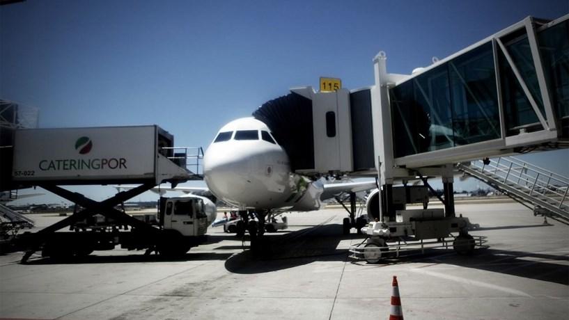 Montijo espera que 2017 traga decisão sobre aeroporto complementar à Portela