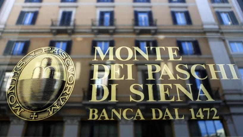 Monte dei Paschi afunda mais de 16% para mínimo histórico após alerta de liquidez