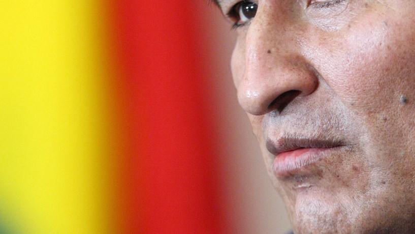 Governo português autorizou sobrevoo mas proibiu aterragem de avião de Evo Morales