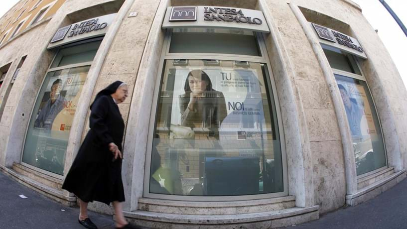 Mega fusão em Itália a caminho? Intesa estuda união com Generali