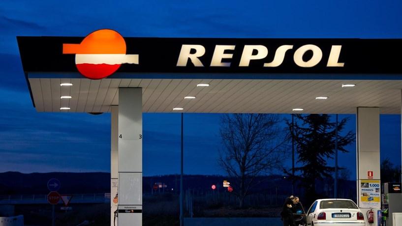 Repsol supera mil milhões em prejuízos e corta dividendos