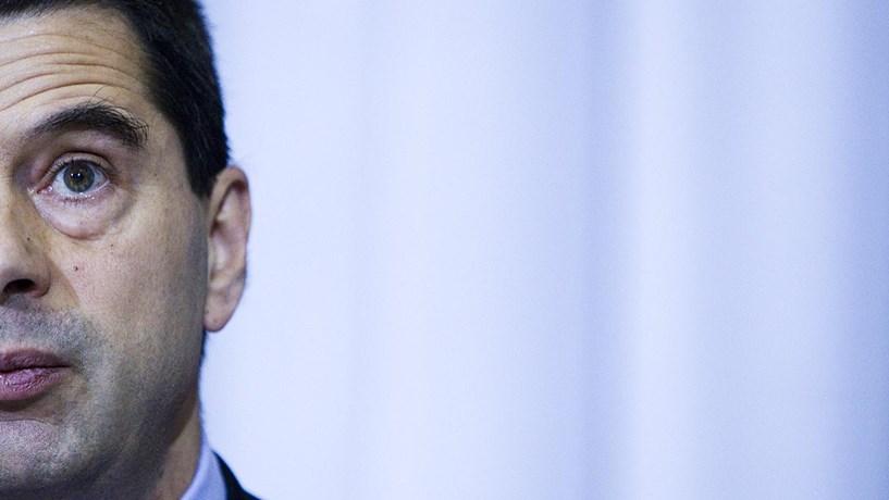 Gaspar: Economia começa a crescer no quarto trimestre e desemprego pode chegar aos 19% (act)