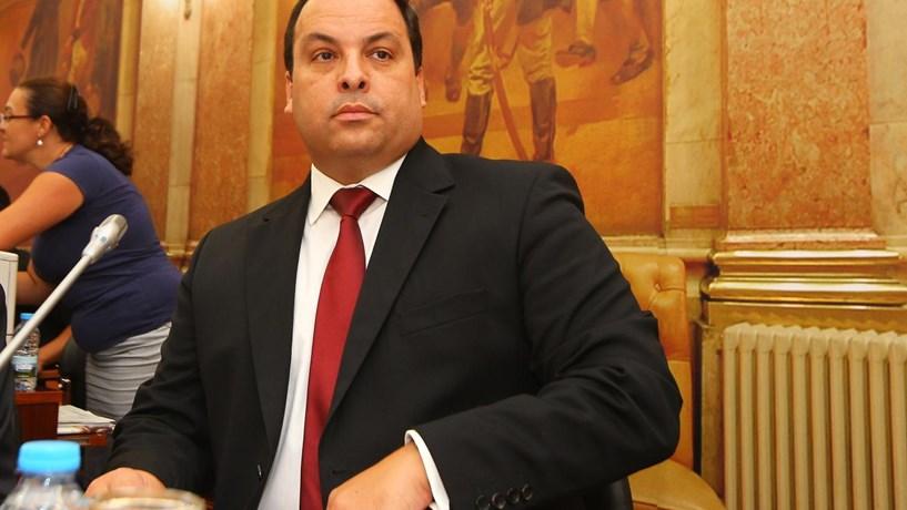 Silva Carvalho condenado a quatro anos e meio de prisão com pena suspensa