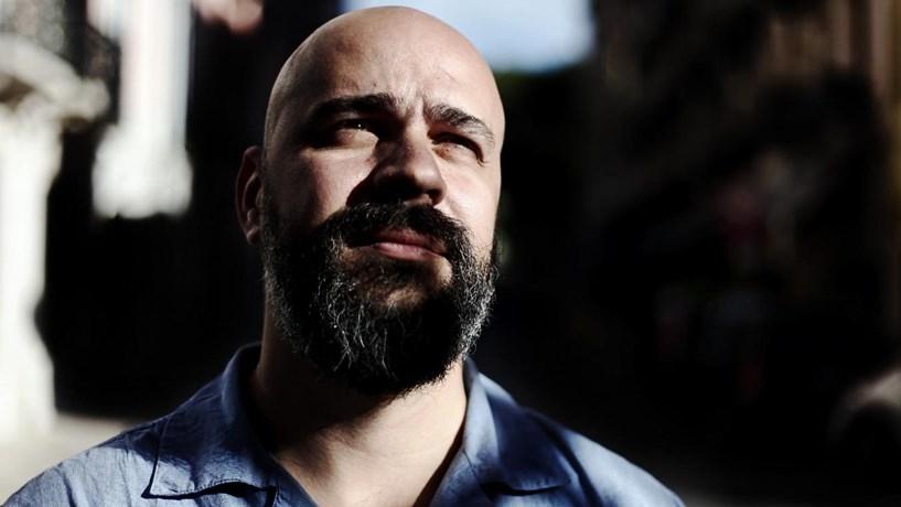 """Afonso Cruz: """"A crise não deve, jamais, ser exaltada"""""""