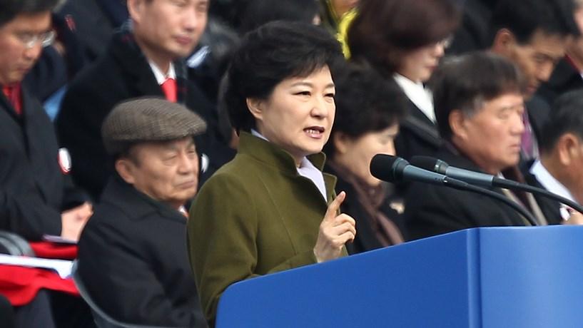 Buscas na Samsung e fundo de pensões devido a escândalo político