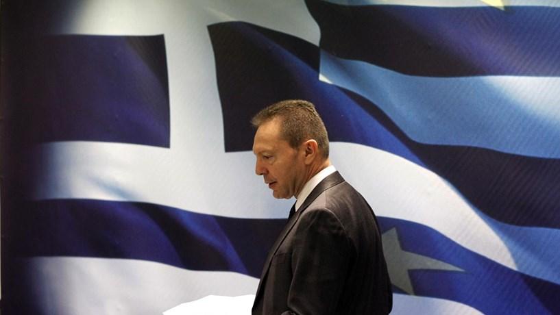 Dívida grega sob pressão após banco central grego alertar para perigos de impasse