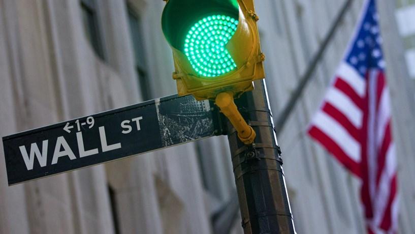Biotecnológicas travam ganhos em Wall Street