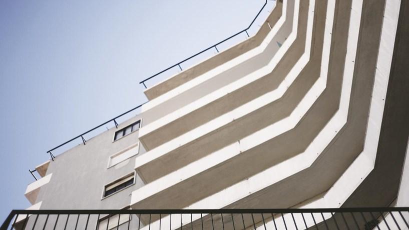 Venda de metade do CascaiShopping salva investimento imobiliário no primeiro semestre de 2013