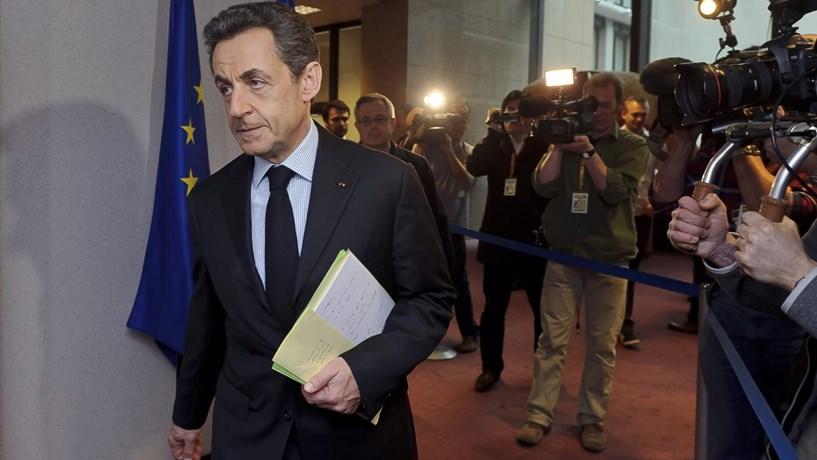 Sarkozy vai a julgamento por suspeitas de financiamento ilegal de campanha