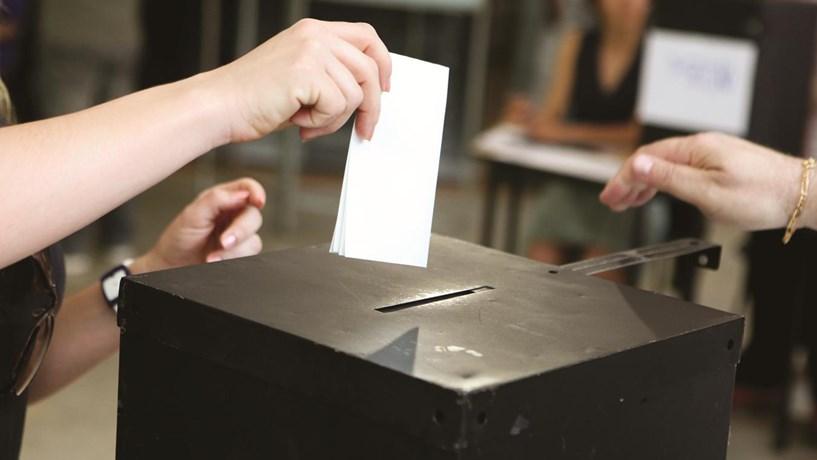 Cegos vão ter boletins de voto em braille