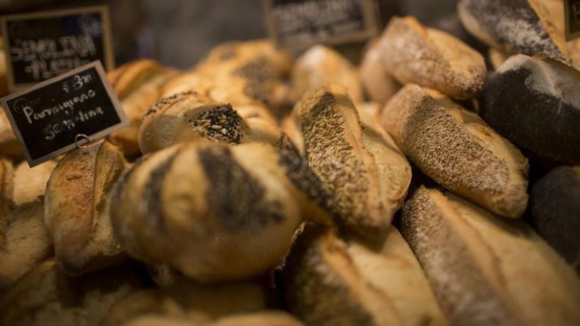 Pão pode ficar mais caro com aumento do salário mínimo, avisa associação