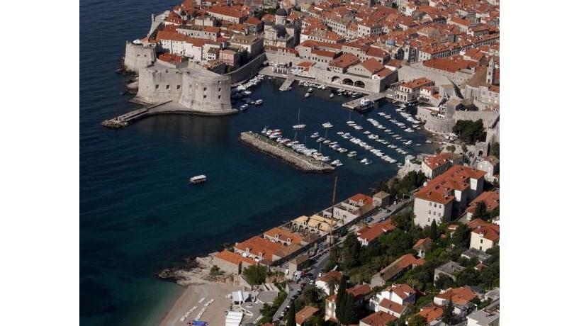 Ruas de Dubrovnik tomadas pela força da ficção