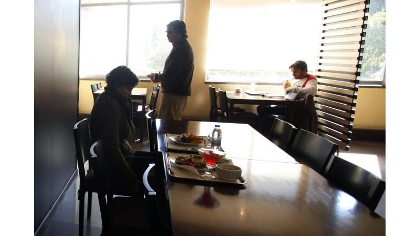 Empresa tenta penhorar refeição de trabalhadora