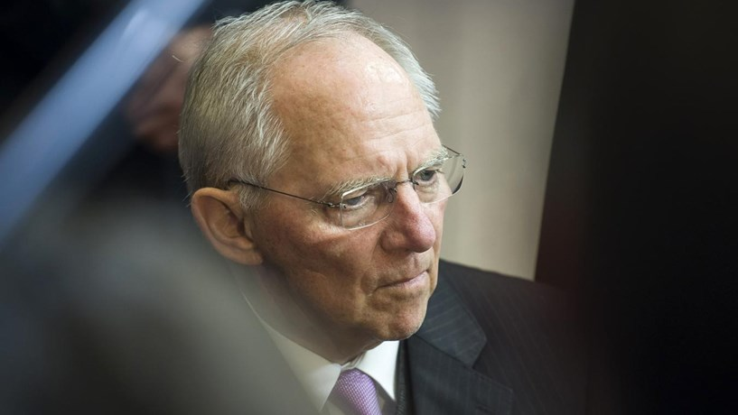 """Schäuble: """"Portugal deve manter anterior rumo. Mercados estão já nervosos"""""""