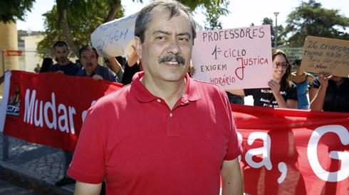 Fenprof: Greve fechou escolas e adiou reuniões, mas não afectou exames