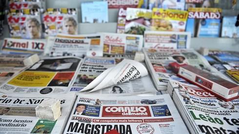 Marcelo presta homenagem à imprensa e pede medidas que ajudem o sector