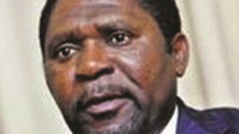 Líder da UNITA diz que garantias do Estado no BES Angola superam limite