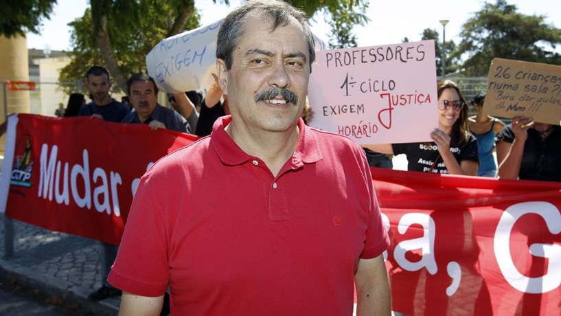 """Fenprof reafirma """"grande greve"""" no dia 21 e nega negociações com Governo"""