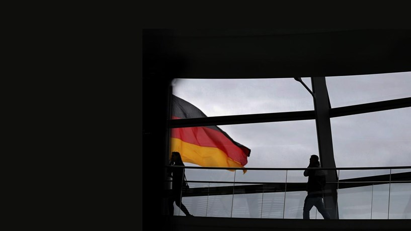 Alemanha abranda ritmo de crescimento mais do que o esperado