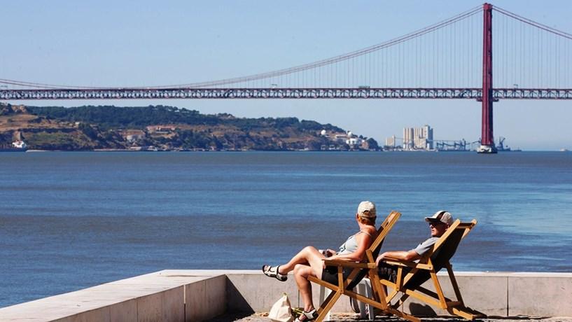 BE PCP e Verdes voltam à carga em Janeiro com propostas de mais dias de férias