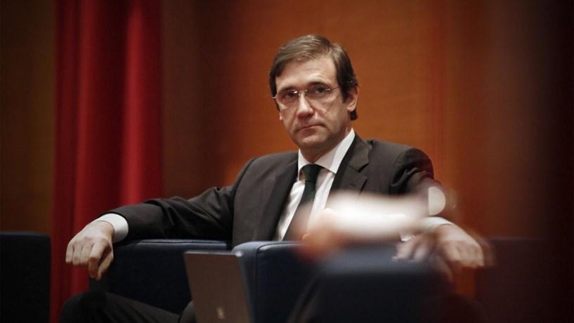 """Passos Coelho: Governo tem mais de seis mil milhões para financiar banca mas """"não será necessário"""""""