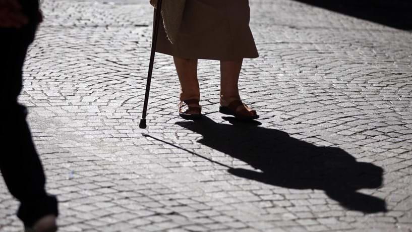 Quase 70% dos inquiridos em estudo sobre envelhecimento não tem poupanças para a reforma