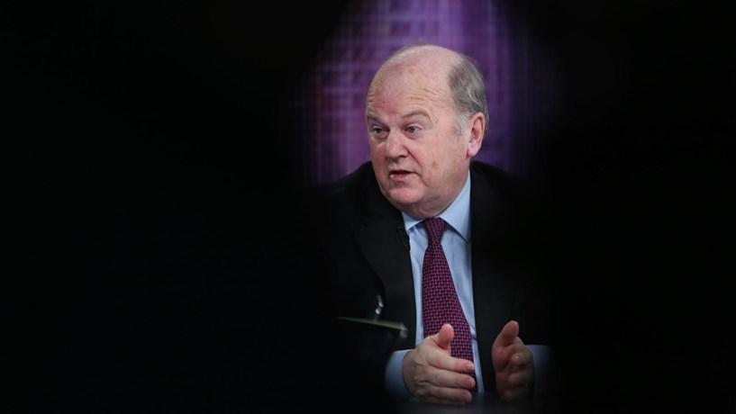 Ministro das Finanças da Irlanda abandona cargo