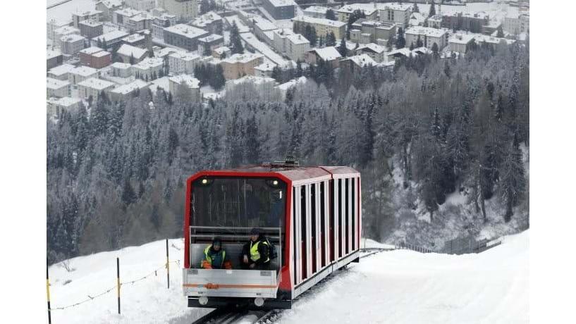 Davos fica nos Alpes Suiços, a mais de 1500 metros de altitude