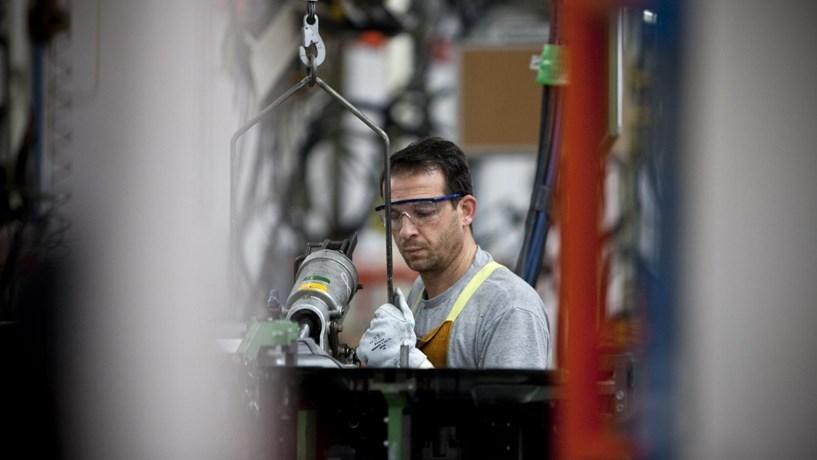 Fábrica Mitsubishi no Tramagal anuncia aumentos salariais extraordinários em 2017