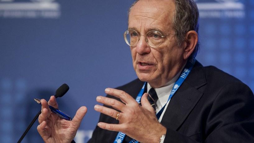 Padoan garante que sistema bancário italiano não está em crise