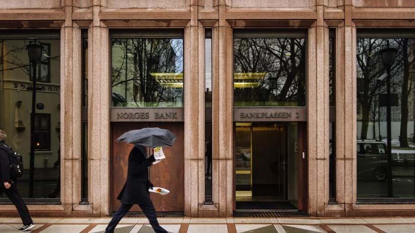 Norges Bank volta a reforçar posição no BCP