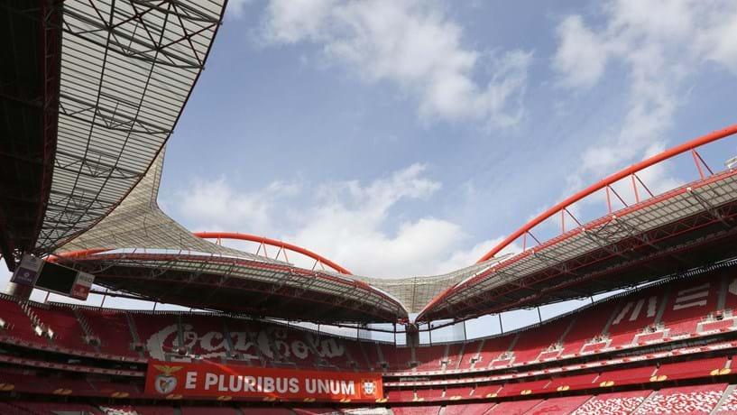 Benfica está a preparar novo site e estação de rádio