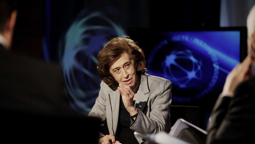 Manuela Ferreira Leite rejeita interferência na CGD no seu mandato