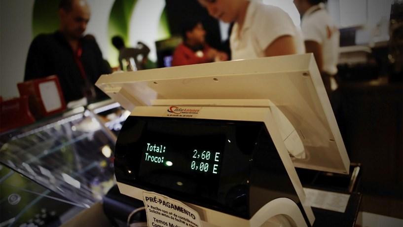 Fisco multa comerciantes com programas de facturação não certificados