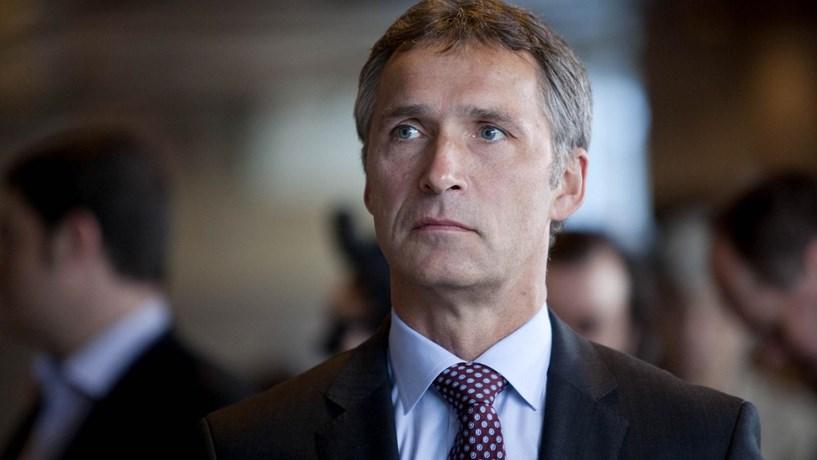 NATO vai aumentar luta contra o terrorismo e investir mais e melhor, diz Stoltenberg