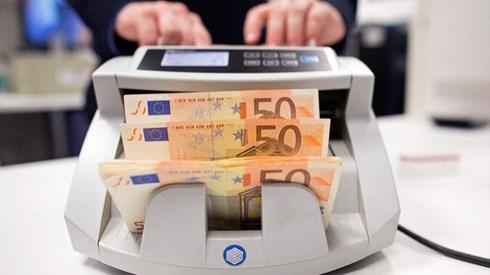 Apesar das previsões negras euro está a caminho do melhor ano numa década