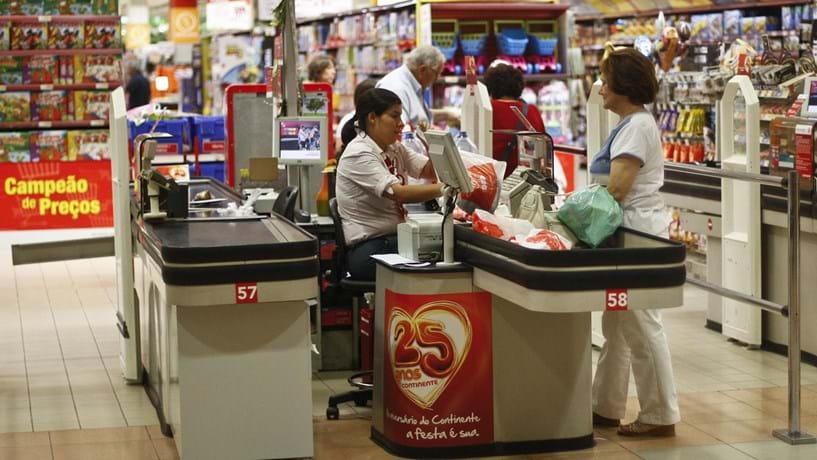 Retalho reforça vendas em 2016 mas duvida de 2017