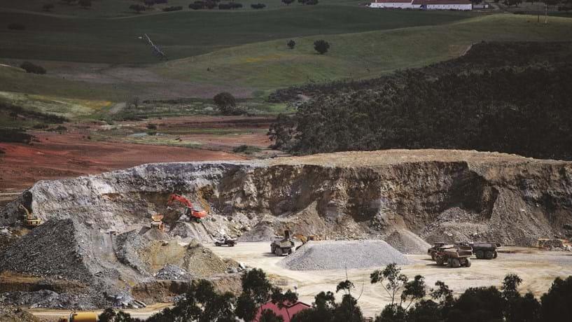Turcos e Estado propõem investir 8,1 milhões em minas no Alentejo